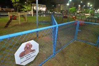 Praça pública em Salvador (BA) ganha 'cachorródromo'