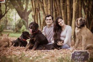 Aconselhada a abrir mão de cães, grávida responde com ensaio fotográfico