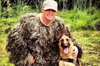 Após ser aposentada, cadela militar é adotada por oficial que era seu parceiro